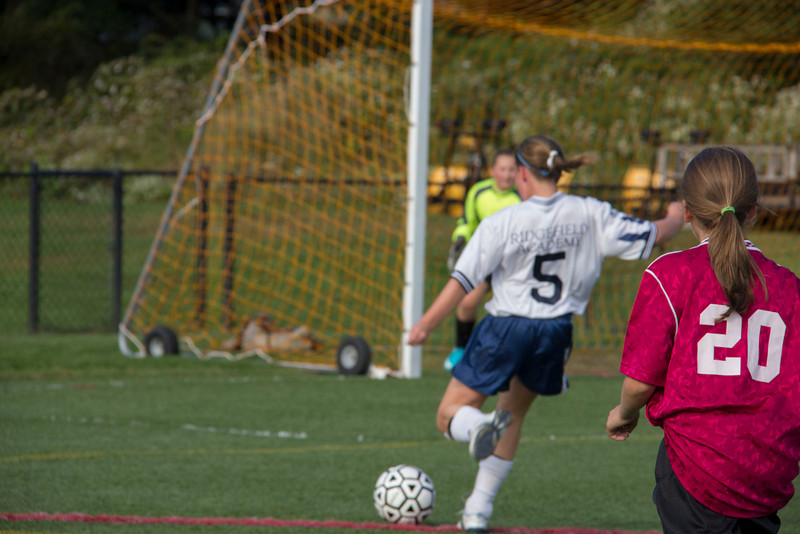 092712_Girls_Soccer_042