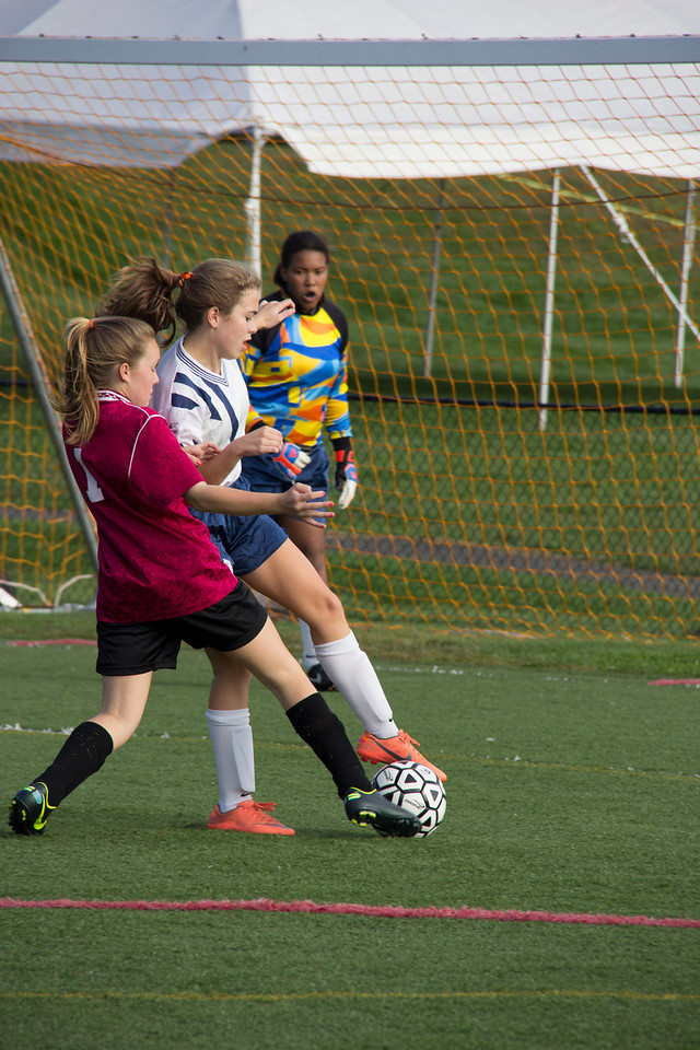 092712_Girls_Soccer_067