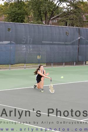 Hutch Tennis vs Mankato West