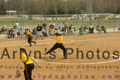 Hutch Softball vs Jordan