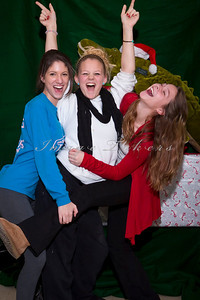 Little Sisters Christmas_0032