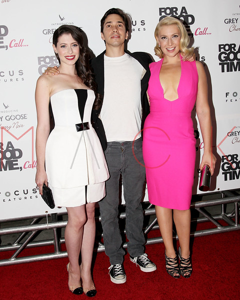 """NEW YORK, NY - AUGUST 21:  Actors Lauren Miller, Justin Long and Ari Graynor attend the """"For A Good Time, Call..."""" premiere at Regal Union Square on August 21, 2012 in New York City.  (Photo by Steve Mack/S.D. Mack Pictures)"""