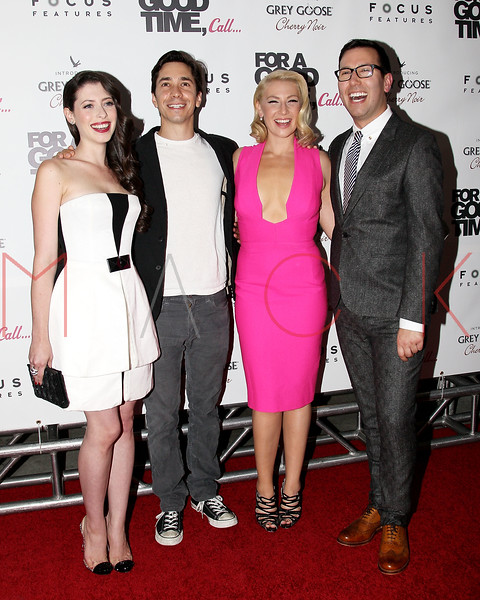 "NEW YORK, NY - AUGUST 21:  (L-R) Lauren Miller, Justin Long, Ari Graynor and Jamie Travis attend the ""For A Good Time, Call..."" premiere at Regal Union Square on August 21, 2012 in New York City.  (Photo by Steve Mack/S.D. Mack Pictures)"