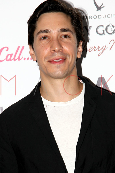 """NEW YORK, NY - AUGUST 21:  Actor Justin Long attends the """"For A Good Time, Call..."""" premiere at Regal Union Square on August 21, 2012 in New York City.  (Photo by Steve Mack/S.D. Mack Pictures)"""