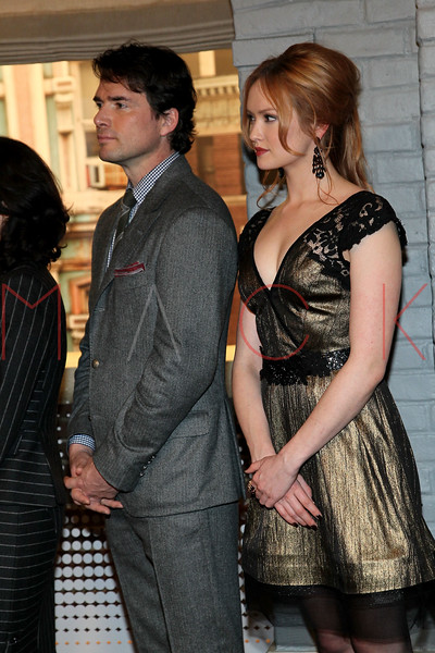 "NEW YORK, NY - JANUARY 26:  Matthew Settle and Kaylee DeFer attend the Mayoral proclamation in celebration of the ""Gossip Girl"" 100th episode at Silver Cup Studios on January 26, 2012 in New York City.  (Photo by Steve Mack/S.D. Mack Pictures)"