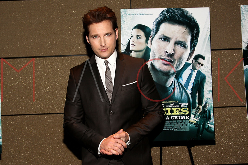 "NEW YORK, NY - JANUARY 10:  Peter Facinelli attends the ""Loosies"" premiere at the  Tribeca Grand Hotel on January 10, 2012 in New York City.  (Photo by Steve Mack/S.D. Mack Pictures)"
