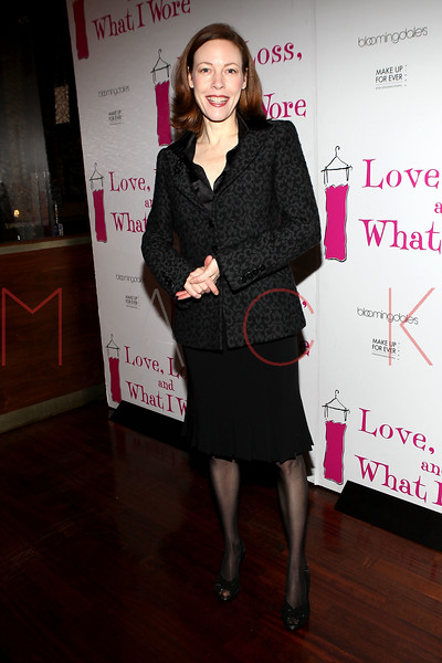 "NEW YORK, NY - JANUARY 05:  Veanne Cox attends the ""Love, Loss, And What I Wore"" new cast member celebration at B Smith's Restaurant on January 5, 2012 in New York City.  (Photo by Steve Mack/S.D. Mack Pictures)"