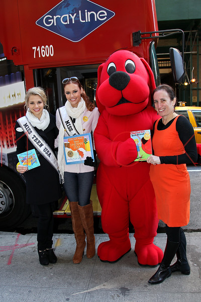 New York - March 07: Danielle Dotty, Alyssa Campanella, Clifford, Pam Allyn in attendance at the 2012 Annual World Read Out Loud Day at Books of Wonder on Wednesday, March 7, 2012 in New York, NY.  (Photo by Steve Mack/S.D. Mack Pictures)