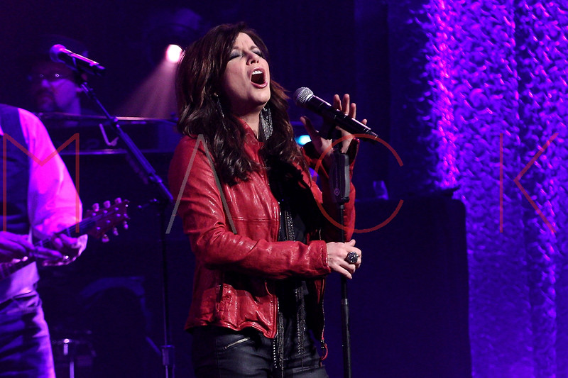 NEW YORK, NY - OCTOBER 25:  Martina McBride performs at The Beacon Theatre on October 25, 2012 in New York City.  (Photo by Steve Mack/S.D. Mack Pictures)