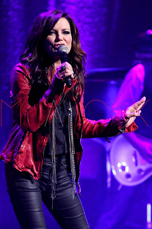 NEW YORK, NY - OCTOBER 25:  Martina McBride performs at The Beacon Theatre on October 25, 2012 in New York City.