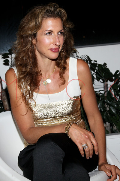 NEW YORK, NY - SEPTEMBER 06:  Alysia Reiner at Sky Room on September 6, 2012 in New York City.  (Photo by Steve Mack/Getty Images for Caravan)