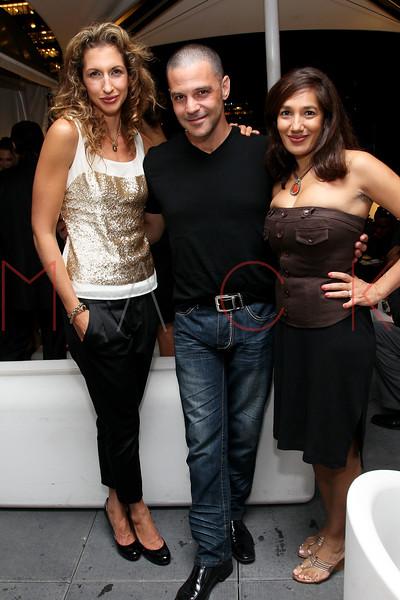NEW YORK, NY - SEPTEMBER 06:  Alysia Reiner, David Allen Basche and Purva Bedi at Sky Room on September 6, 2012 in New York City.  (Photo by Steve Mack/Getty Images for Caravan)