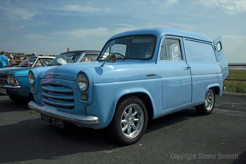 Thames Van