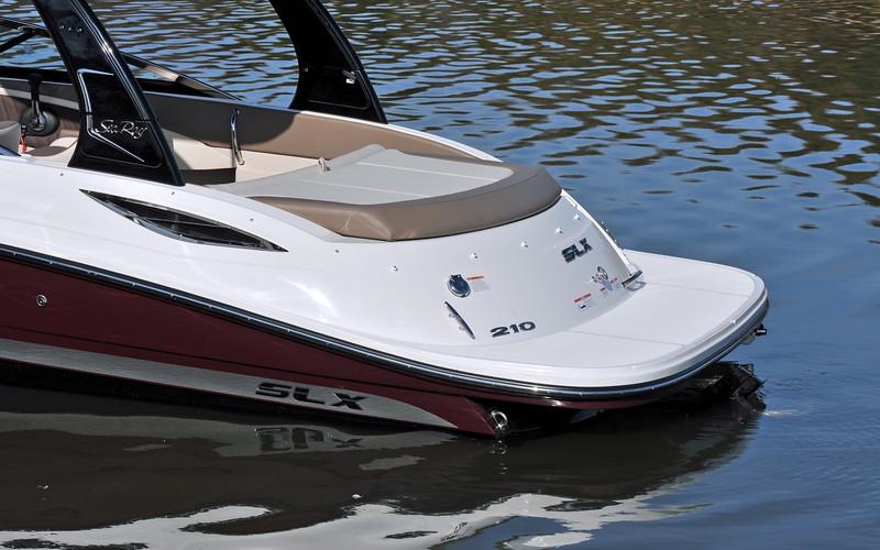 Sea Ray 210 SLX (2012)