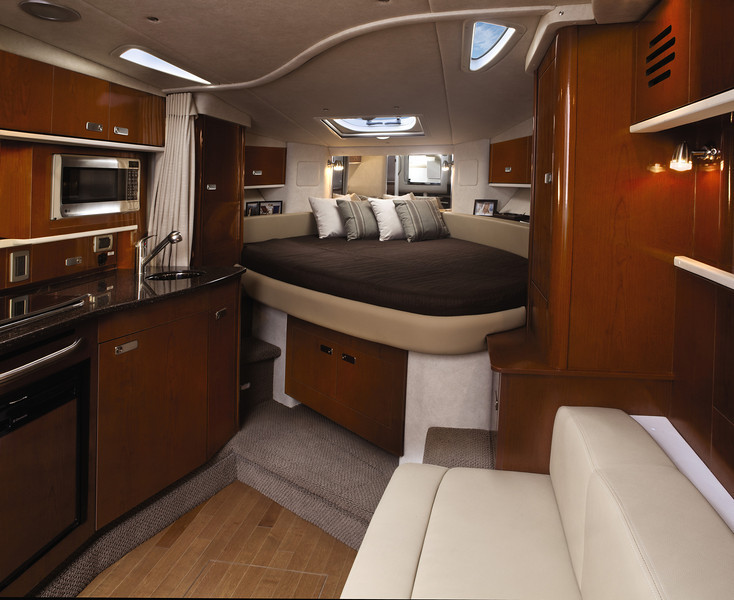 Sea Ray 330 Sundancer (2012)