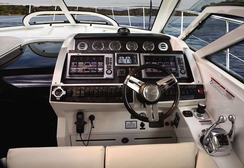 Sea Ray 410 Sundancer (2012)