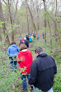Hartland Earth Day Hike Sponsored by the Harland Conservation Commission Hartland VT April 22, 2012 Copyright ©2012 Nancy Nutile-McMenemy www.photosbynanci.com For The Vermont Standard: http://www.thevermontstandard.com/ Image Galleries: http://thevermontstandard.smugmug.com/