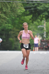 Kate Kardashian, 1st Woman finisher