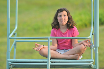Anya Traudt practices meditation before the concert