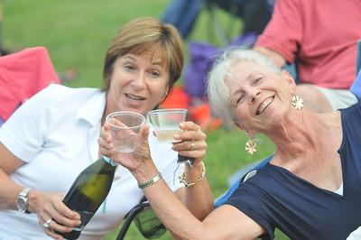 Kathy Hanen (left) Jacqi Rezzonico(right) enjoy the picnic