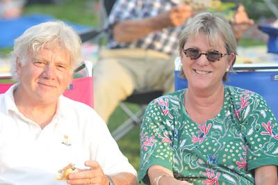 John Bacon (left), Mary bacon (right)