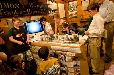 Woodstock Elementary School History Fair Hosted at the Dana House, The Woodstock Historical Society Woodstock VT May 9, 2012 Copyright ©2012 Nancy Nutile-McMenemy www.photosbynanci.com For The Vermont Standard: http://www.thevermontstandard.com/ Image Galleries: http://thevermontstandard.smugmug.com/