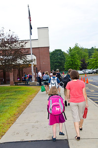 Hartland Elementary School First Day Back Hartland VT August 28, 2012 Copyright ©2012 Nancy Nutile-McMenemy www.photosbynanci.com For The Vermont Standard: http://www.thevermontstandard.com/ Image Galleries: http://thevermontstandard.smugmug.com/
