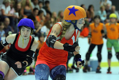 IMG_2559 jammers look for advantage