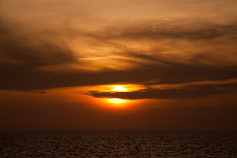 052 So China Sea