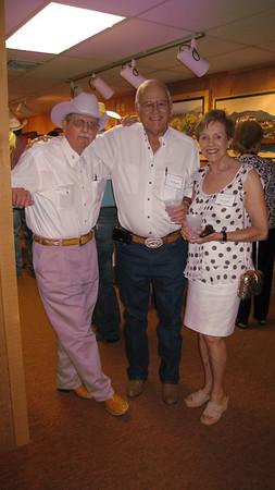 Artist Barry Arthur visiting with Ken & Sue Burgess
