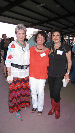 Yanell Rieder, Sharon Riley & Gwenda Berry pausing for a picture