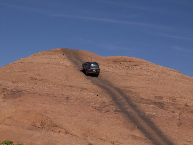 Cruse Moab - Hells Revenge<br /> Sandstone Climb