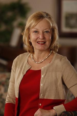 Linda Charzm