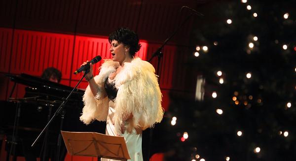 2012-12-15 UZA Herbalife - Lucie Bila