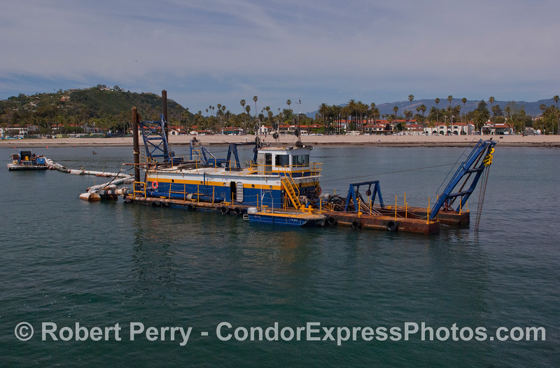vessel Harbor Dredge La Encina 2012 04-02 SB Channel-a-013