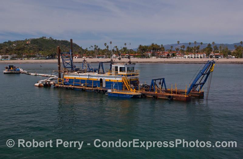 vessel Harbor Dredge La Encina 2012 04-02 SB Channel-a-013
