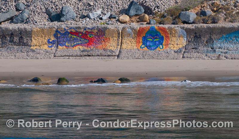 art beach wall 2012 04-09 SB Channel-001
