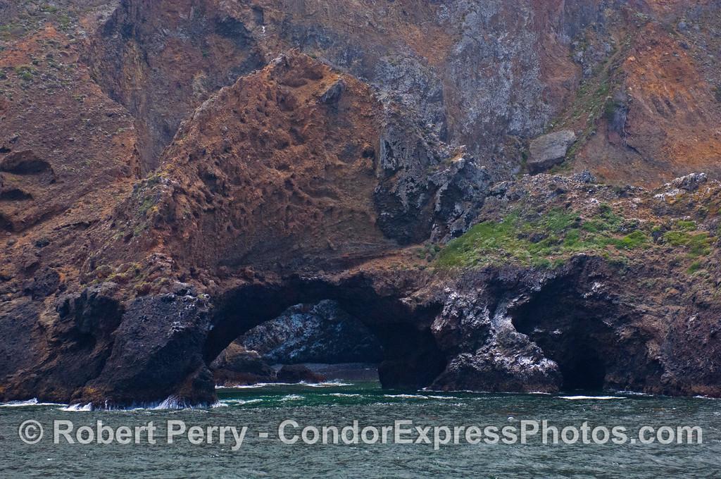 Arch Rock 2012 06-02 Sta Cruz Island-a-007