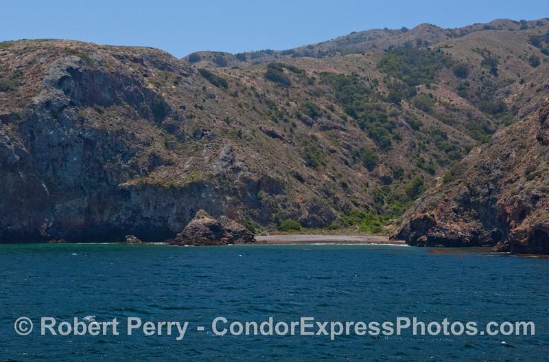 secluded beach 2012 06-02 Sta Cruz Island-a-003