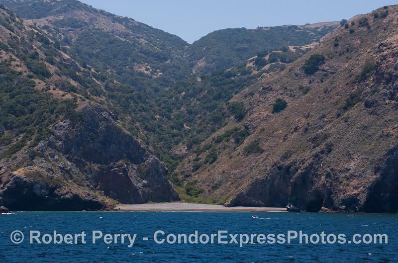 secluded beach 2012 06-02 Sta Cruz Island-a-016