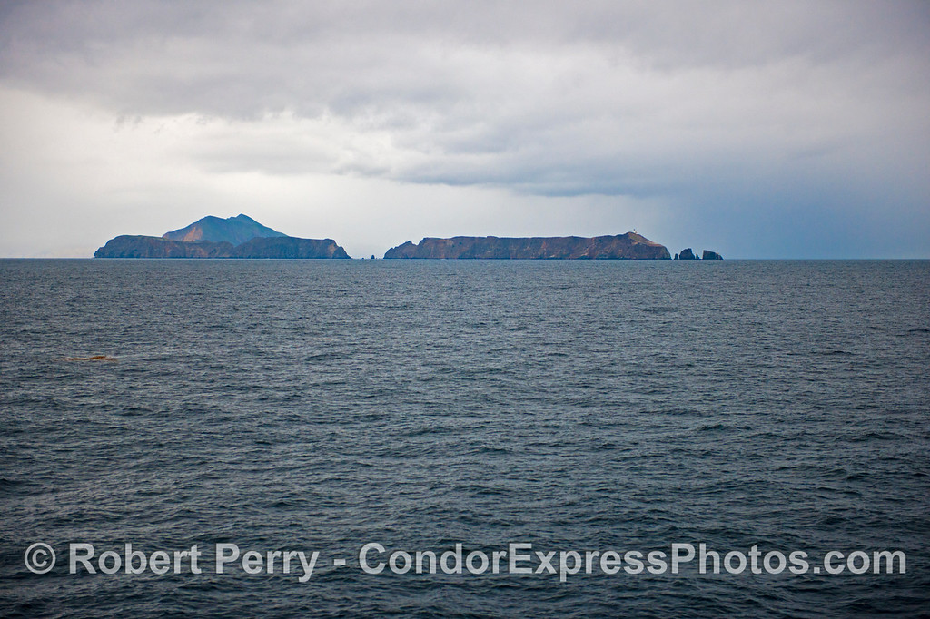 Anacapa and rain squall 2012 12-22 SB Channel-a-045
