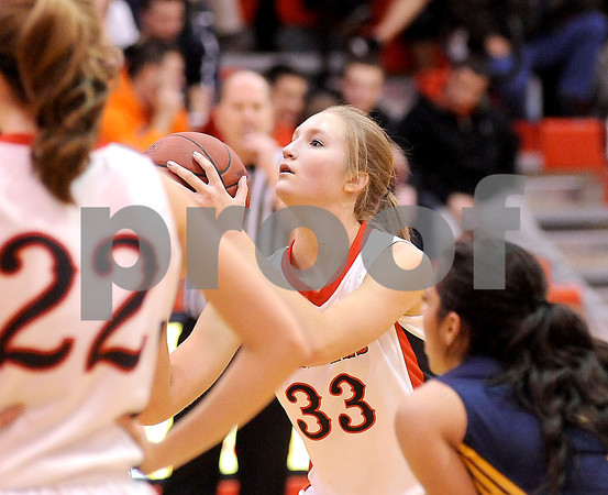 Courtney Caughey-Stambul/NEWS<br /> Neshannock's Alexandra Fischer shoots a free throw last night at home against Shenango.