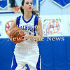 Courtney Caughey-Stambul/NEWS<br /> Ellwood City's Bailey McKinney searches for an open teammate.