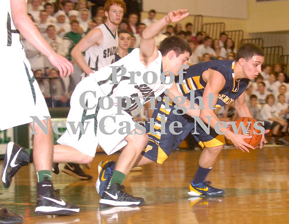 Erica Galvin/NEWS<br /> Shenango's Greg DePorzio and Laurel's Scott Siddall go after a loose ball in the second half.