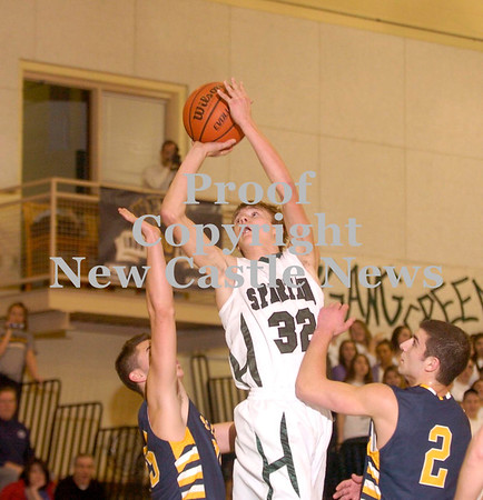 Erica Galvin/NEWS<br /> Laurel's Jacob Wilson shoots over the Shenango defense in the first quarter.