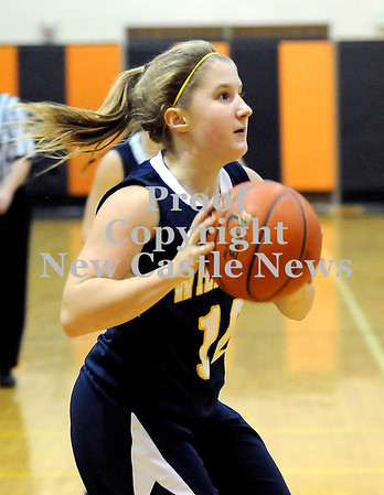 Courtney Caughey-Stambul/NEWS<br /> Wilmington's Jamie Thompson shoots the basketball.