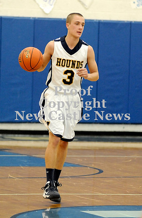 Courtney Caughey-Stambul/NEWS<br /> Wilmington's Rocco Fagan brings the ball up the court against Shenango.