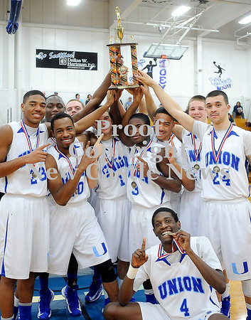 Courtney Caughey-Stambul/NEWS<br /> Union players celebrate last night's championship victory over Shenango.