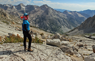 Stylin' hard for sun protection off-trail in Kings Canyon.