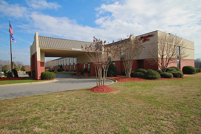 Photos of notable places in Boiling Springs and Shelby near Gardner-Webb University.  Hampton Inn